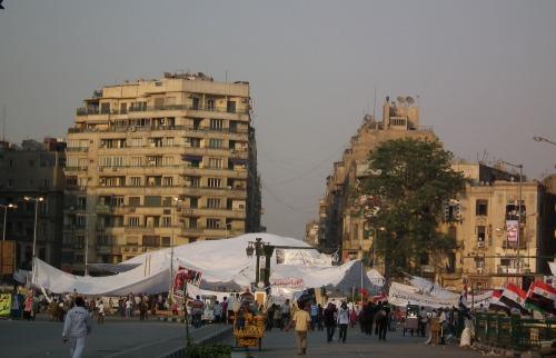 Immagine_da_mio_iphone_tahrir_dal_pote_di_kasr_el_nil_9_luglio_2011