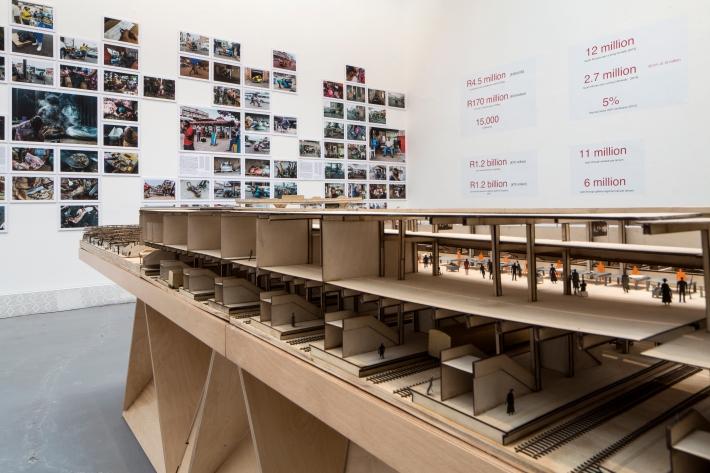 Enabling structures, Warwick, Durban, SA 02_ designworkshopSa_Courtesy La Biennale di Venezia.jpg